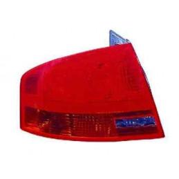 1033010 Feu arriere Gauche Audi A4 de 10/2004 au 11/2007 60,90 €